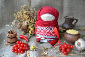 Набір для виготовлення оберега 'Крупеничка' червона. | krupenichka_krasnaya